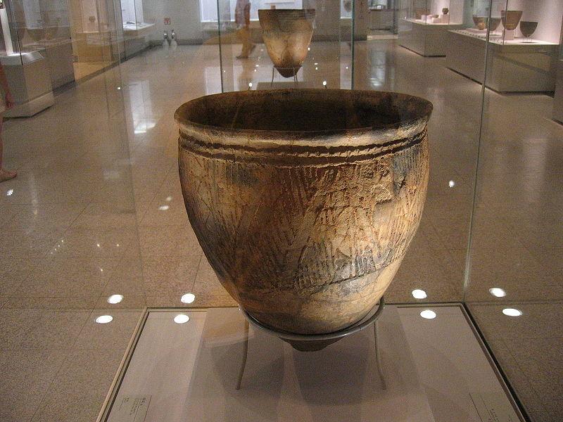 Korean neolithic pot, found in Busan